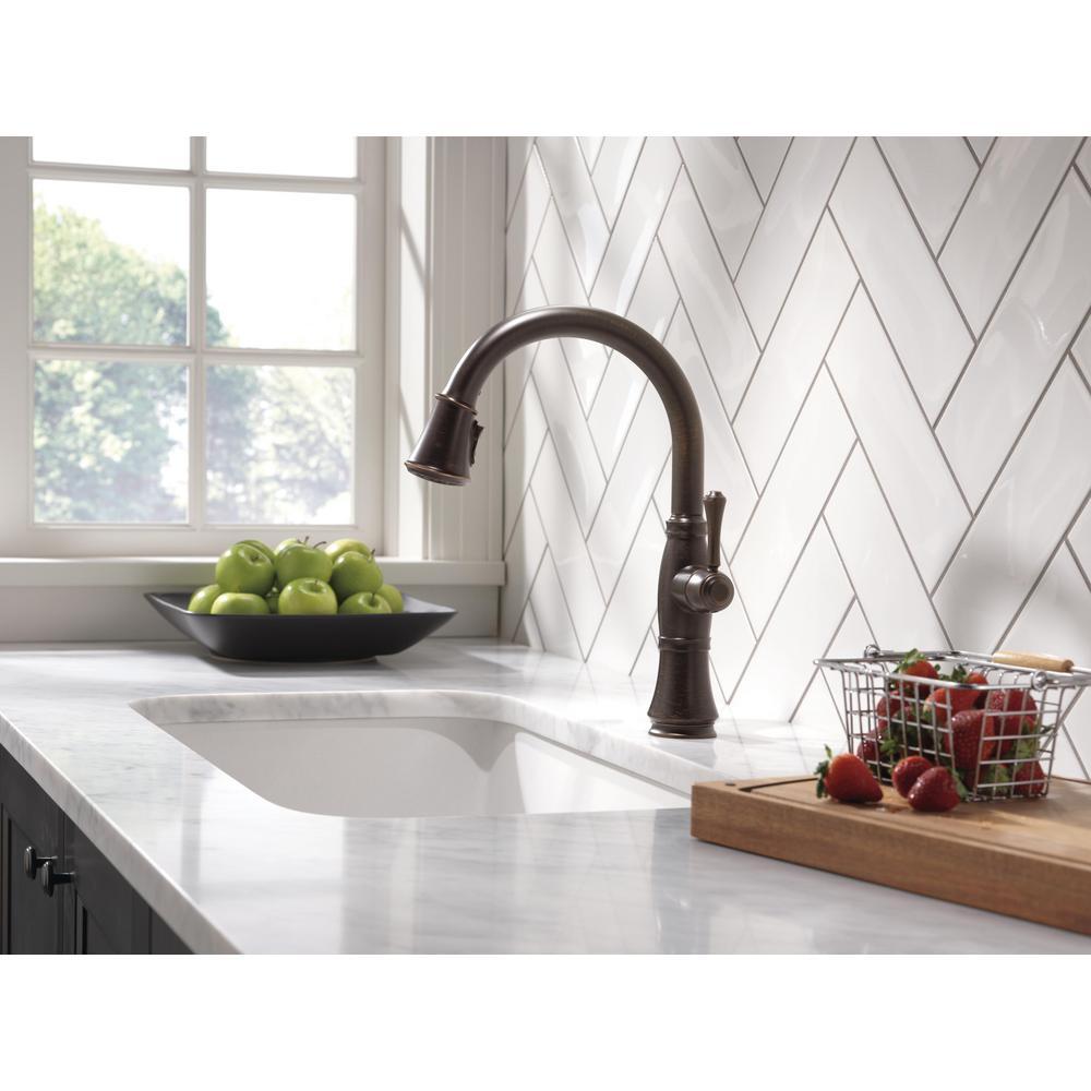 Cassidy Single-Handle Pull-Down Sprayer Kitchen Faucet in Venetian Bronze