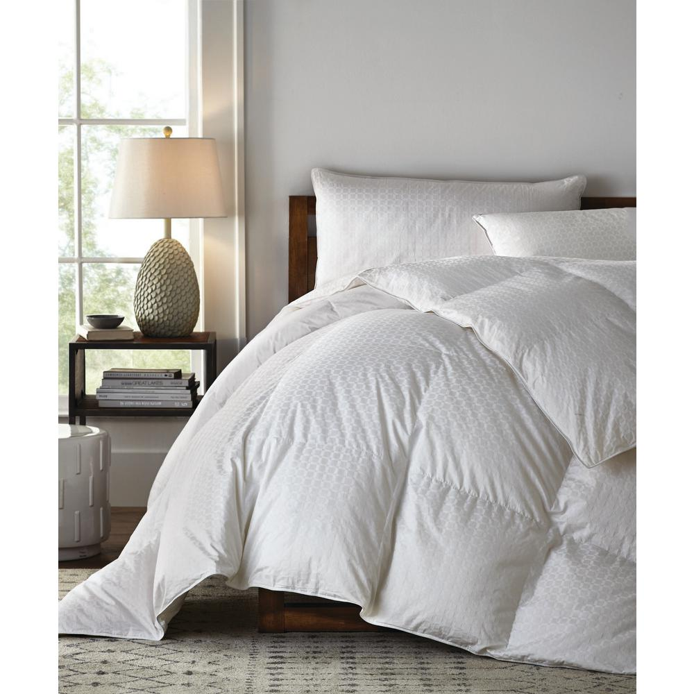 Legends Luxury Royal Baffled Medium Warmth White Oversized Queen Goose Down Comforter
