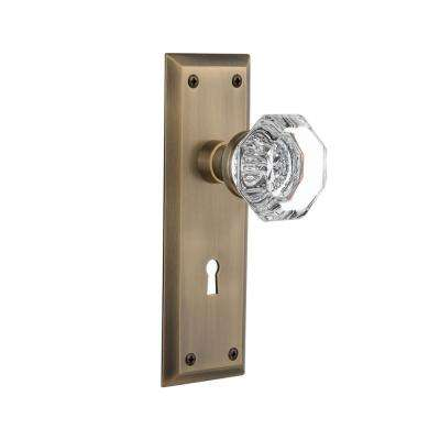 New York Plate with Keyhole Single Dummy Waldorf Door Knob in Antique Brass