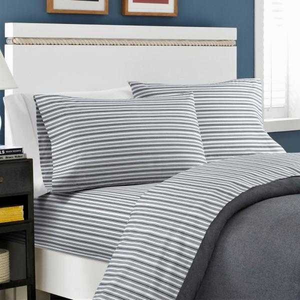 3 Piece Stripe Quilt Set w// Fitted Sheet Pillowcases