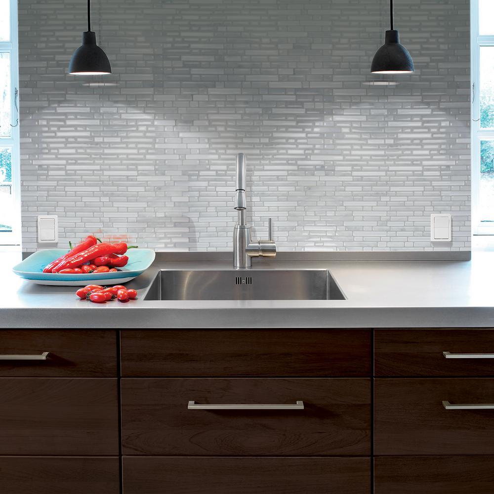 Decorative tile kitchen backsplash