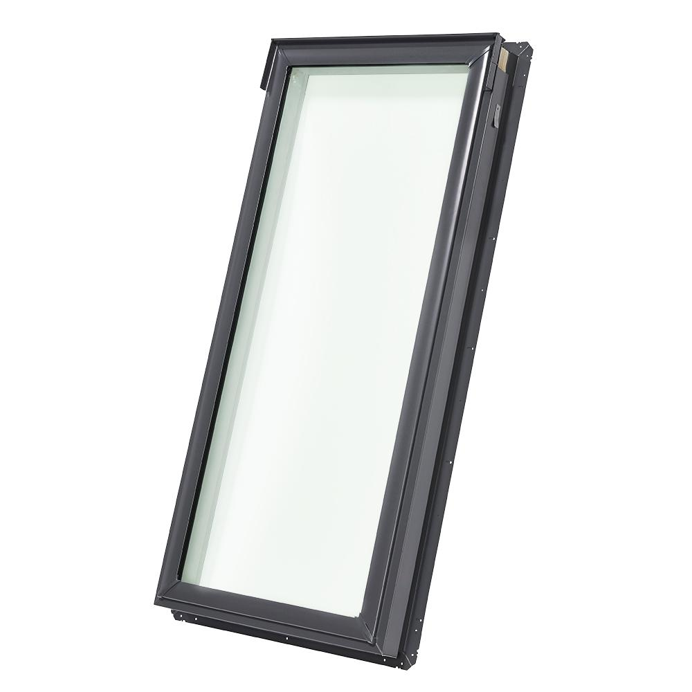 Velux 14 1 2 x 45 3 4 in fixed deck mount skylight with for Velux glass