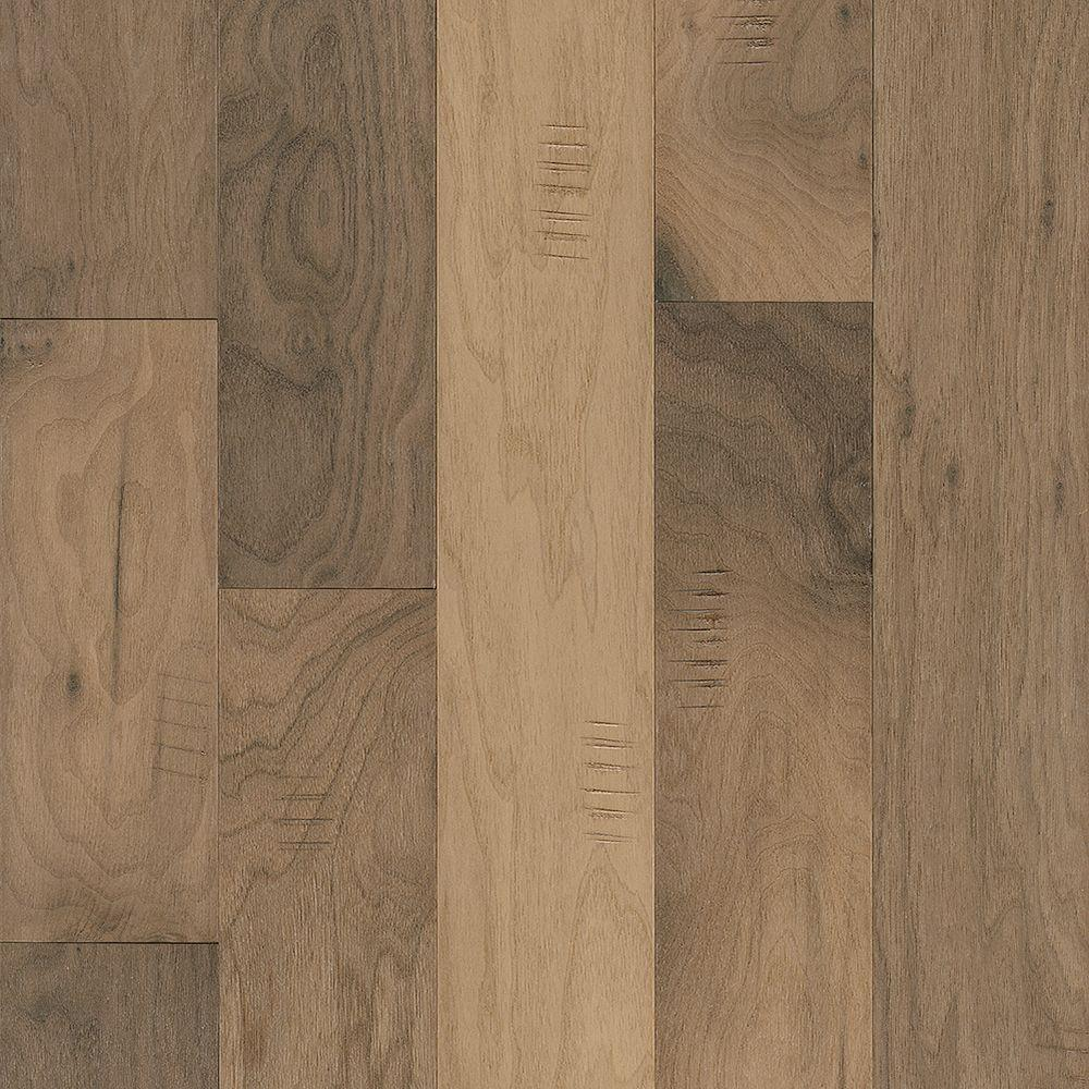 Robbins walnut shades of white 3 8 in thick x 5 in wide for Walnut hardwood flooring