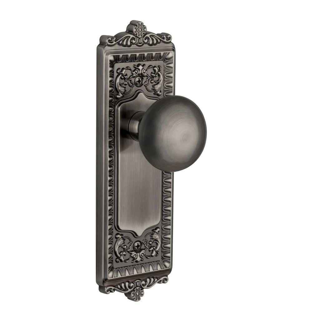 Grandeur Windsor Antique Pewter Plate with Double Dummy Fifth Avenue Knob