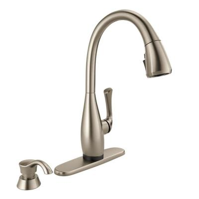 Dominic Single-Handle Pull-Down Sprayer Kitchen Faucet with Touch2O and Shield Spray Technology in Spot Shield Stainless