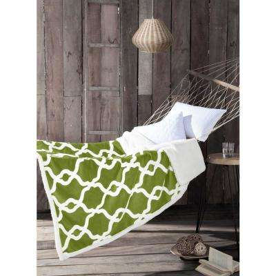 Esy Green Pea Sherpa Throw