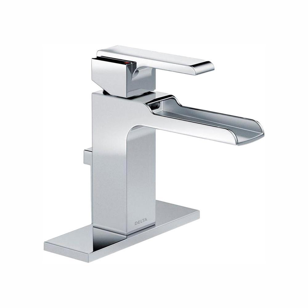 """/""""NEW/"""" Delta Bathroom Single Handle Faucet Chrome Finish 1 Hole or 3 Hole"""