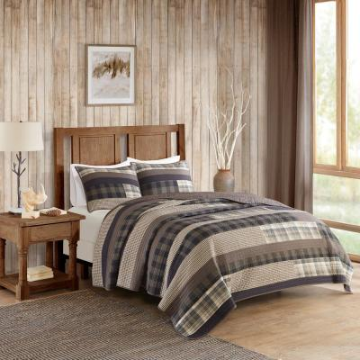 Winter Plains 3-Piece Taupe Full/Queen Quilt Mini Set