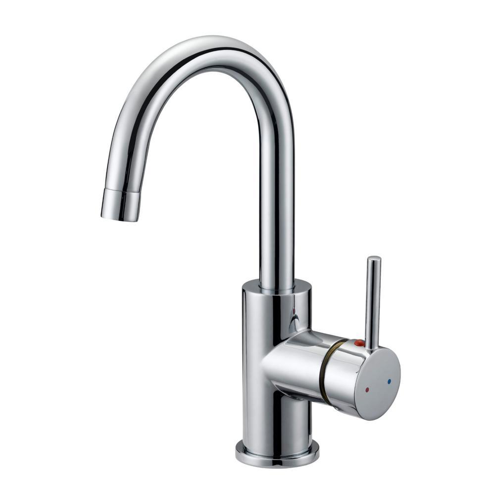 Eastport Single-Handle Standard Kitchen Faucet in Polished Chrome