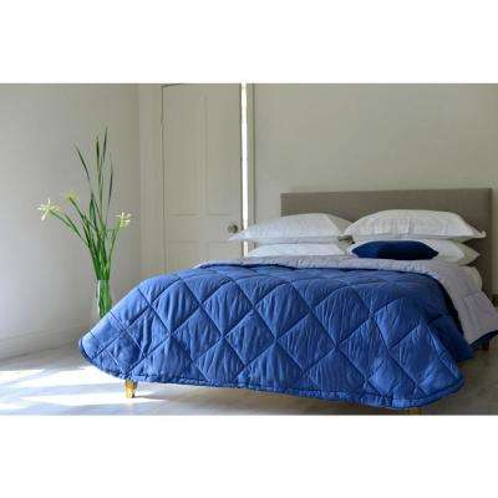 92 in. x 96 in. Navy/Grey 100% Pure New Zealand Wool 200 GSM Reversible Wool Blanket