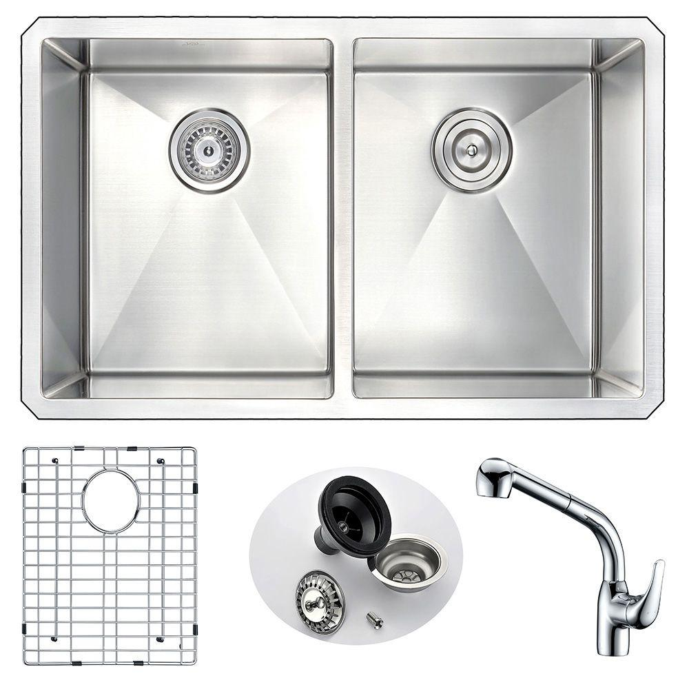 VANGUARD Undermount Stainless Steel 32 in. Double Bowl Kitchen Sink and