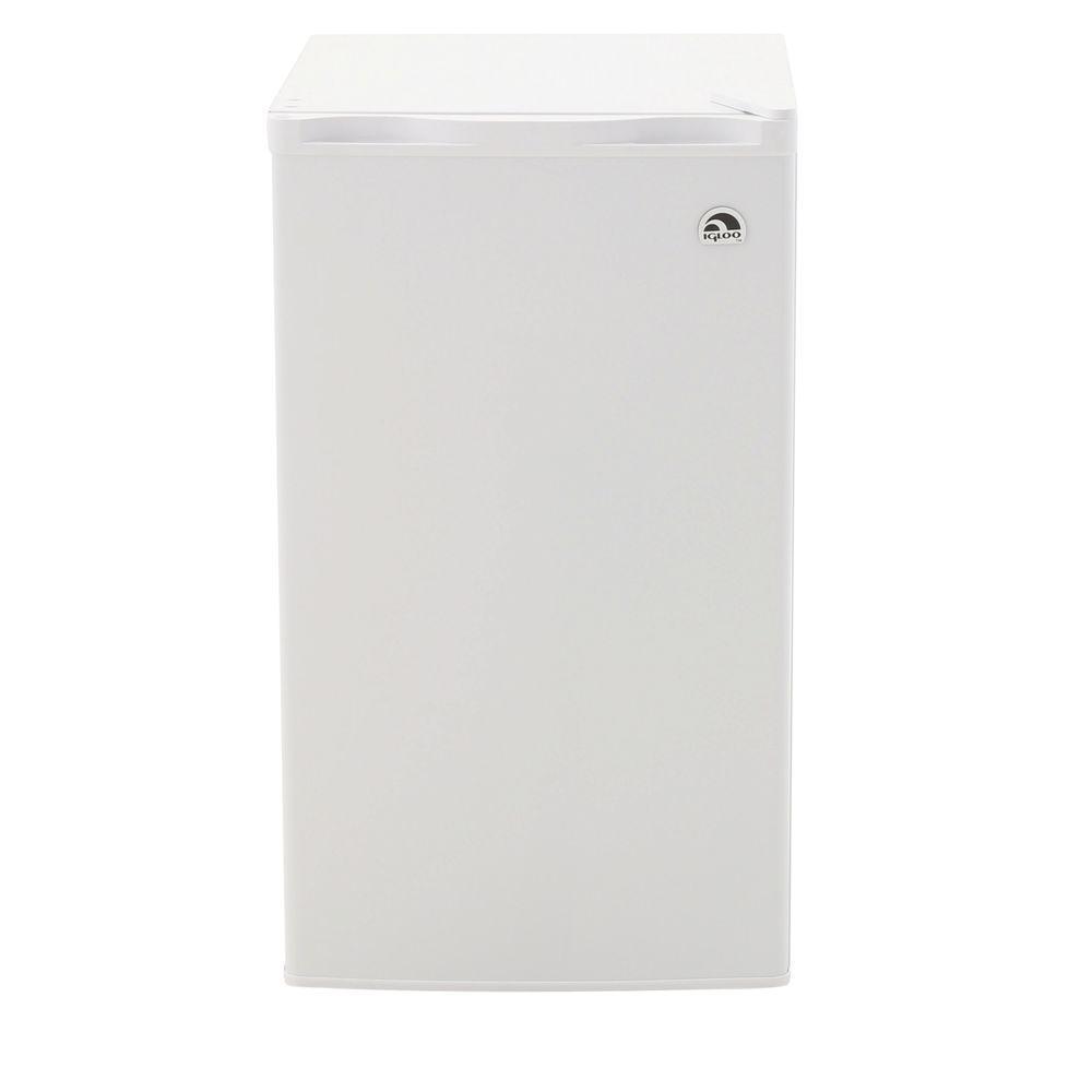 IGLOO 3.2 cu. ft. Mini Refrigerator in White