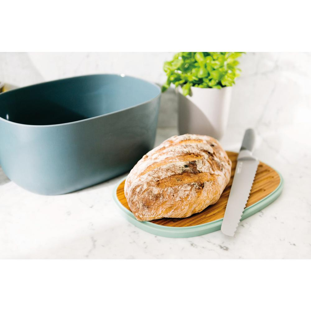 BergHOFF Leo Bamboo (Green) Bread Box The Leo bread box brings functional style and colour to any kitchen. Keep your bread or other bakery goods fresh for longer in this stylish bread box. Its bamboo cover with vegetable oil finish doubles as a convenient cutting board. Just take off the lid, place it on your countertop and voil, youre ready to slice away.