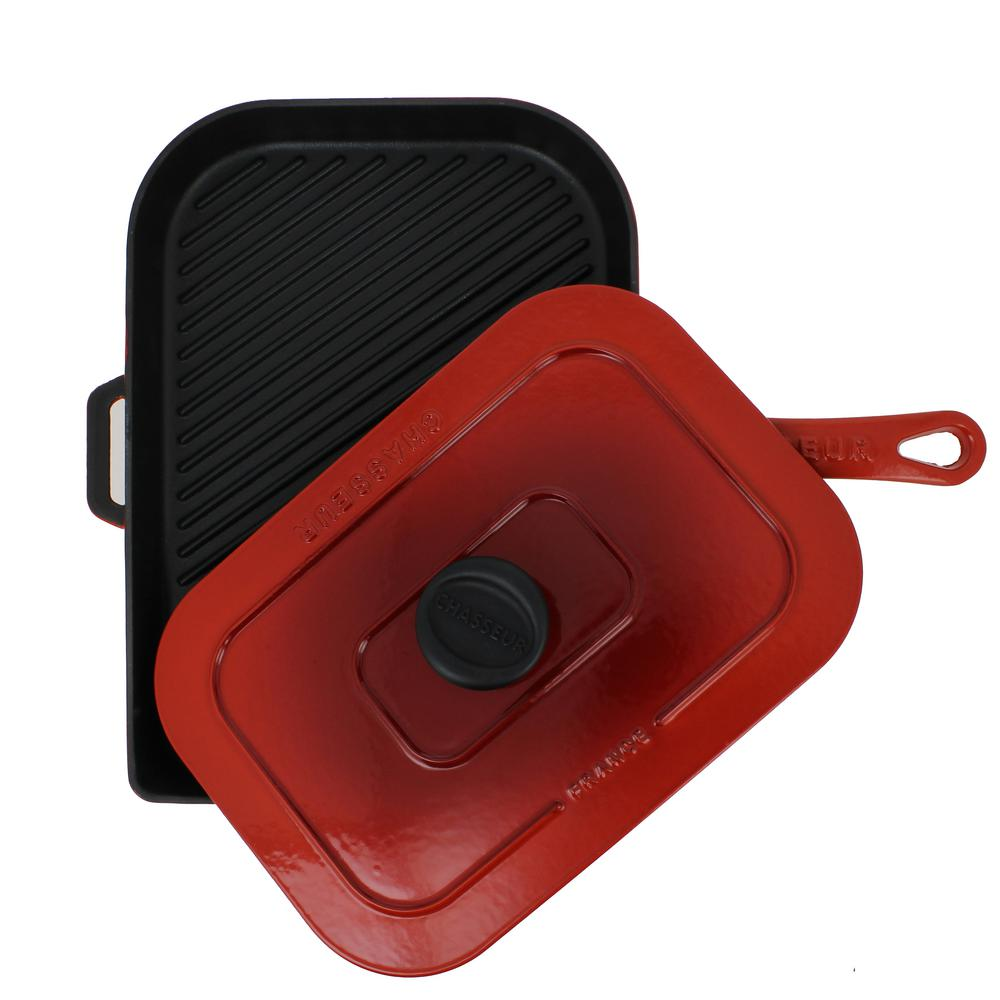 Chasseur 10 in. Red French Enameled Cast Iron Panini Press The Chasseur Cast Iron Panini Press is perfect for making paninis, delicious burgers, vegetables, bacon and more. This press is constructed of thick cast iron to maintain its temperature and evenly distribute the heat for optimal cooking conditions. While cooking, ridges allow excess fat and grease to drain away. The heavy lid helps to cook every panini evenly with beautiful grill lines. The extrahandles makes this panini press easy to move and perfect for any kitchen. Color: Red.