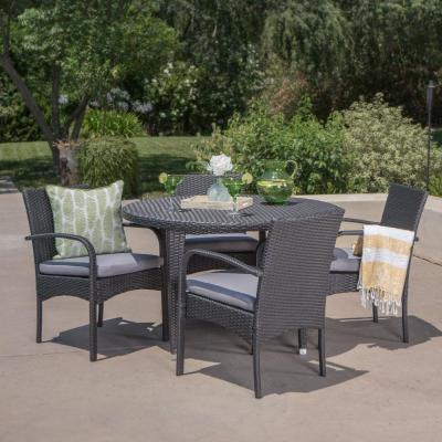 Logan Grey 5-Piece Wicker Circular Outdoor Dining Set with Grey Cushion