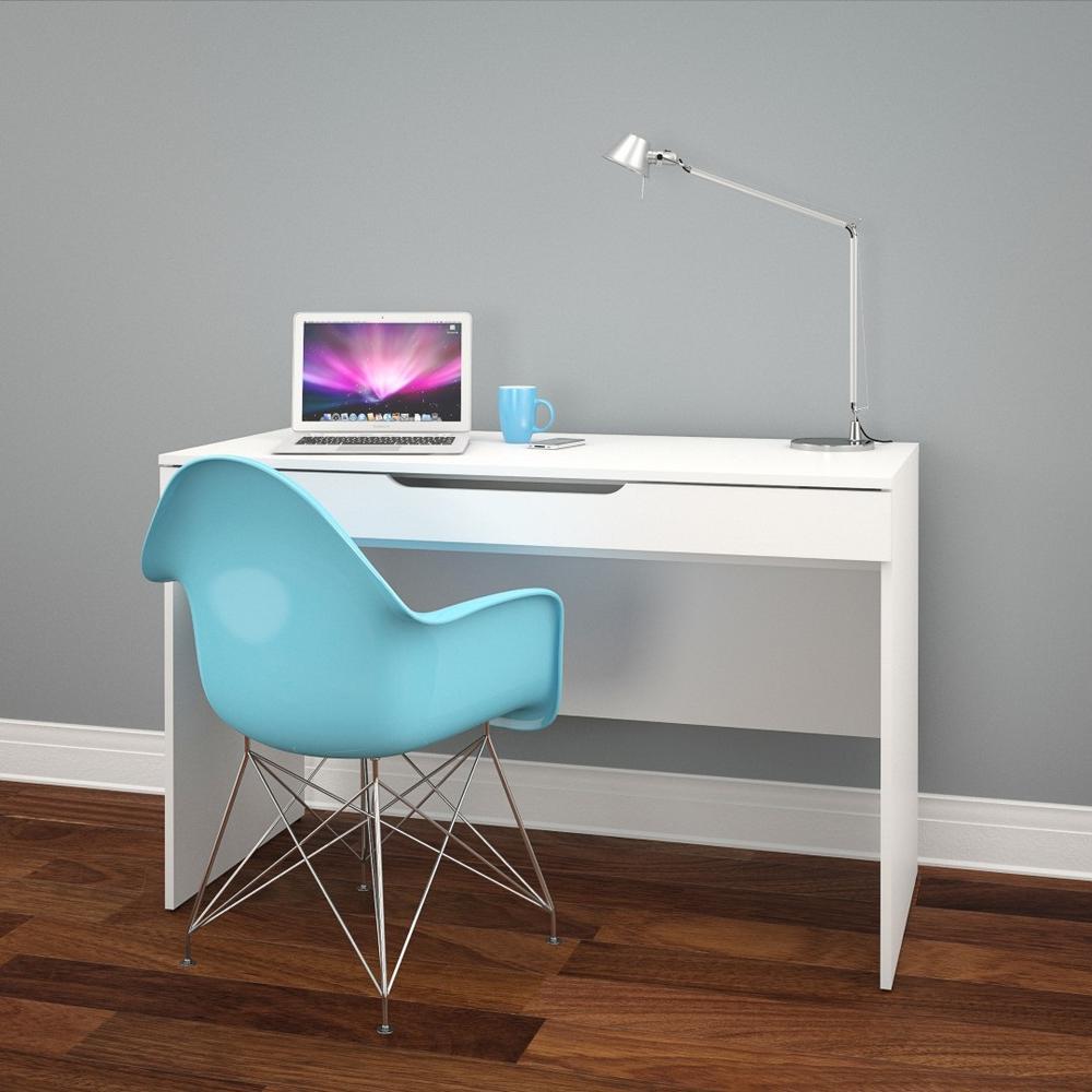 Arobas White Desk by