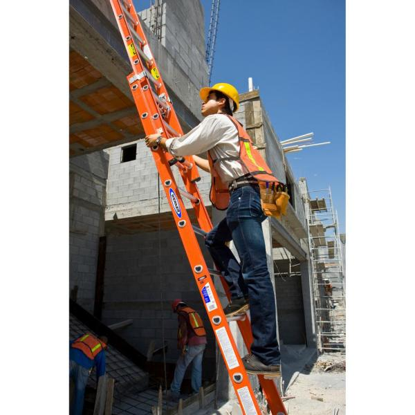 Werner 24 Ft Fiberglass Extension Ladder With 300 Lbs Load Capacity Type Ia Duty Rating D6224 2 The Home Depot