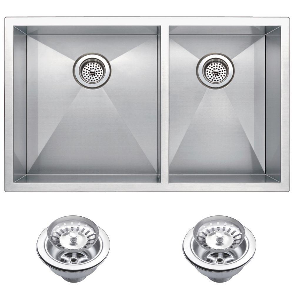 Undermount Zero 31 in. 0-Hole Double Bowl Kitchen Sink with Strainer in Premium Scratch Resistant Satin Finish