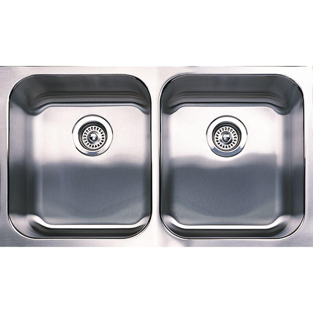 Spex Undermount Stainless Steel 31 In. Equal Double Bowl Kitchen Sink