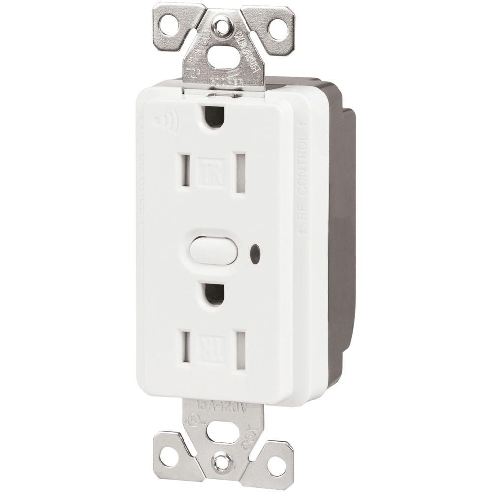 Aspire 15 Amp 110-Volt Z-Wave Split Control Duplex Receptacle, Alpine White