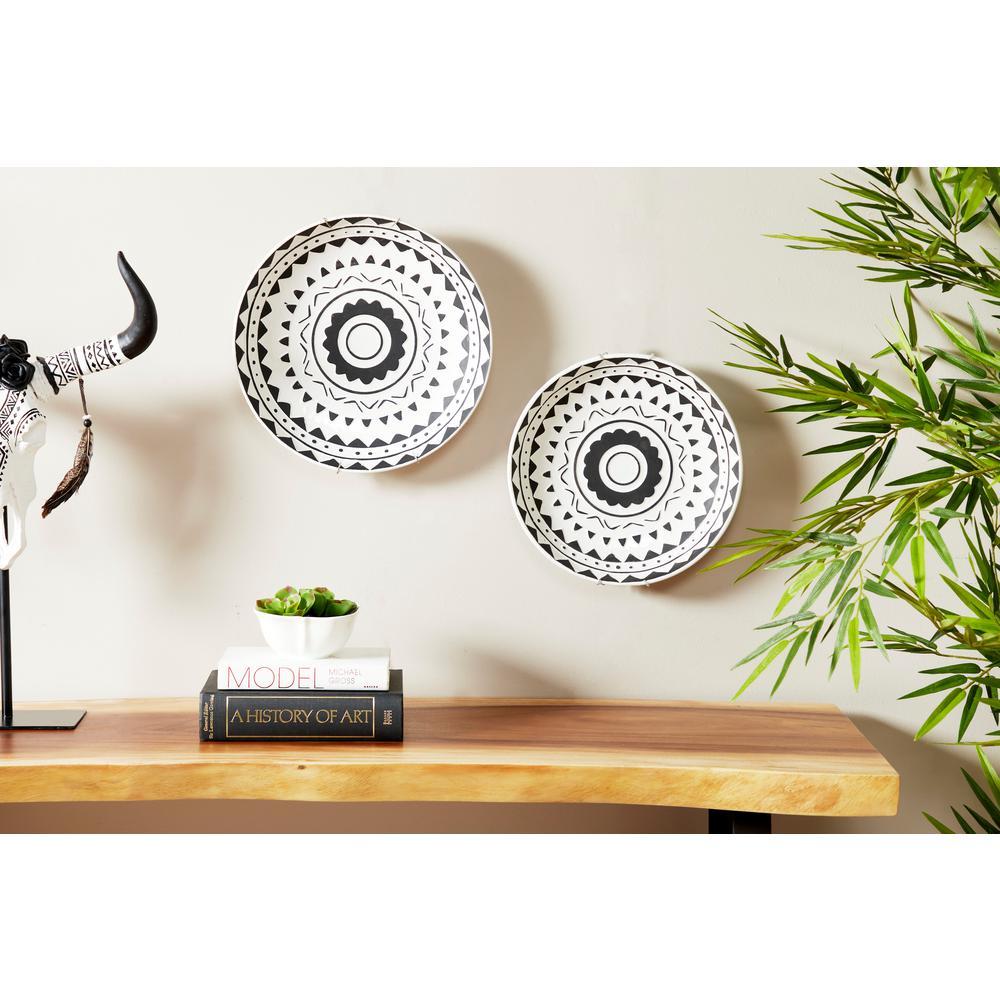 Round Black And White Ceramic Wall Art Set Of 2