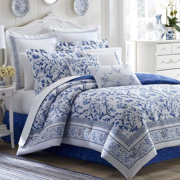 Charlotte 4-Piece China Blue Floral Cotton King Comforter Set