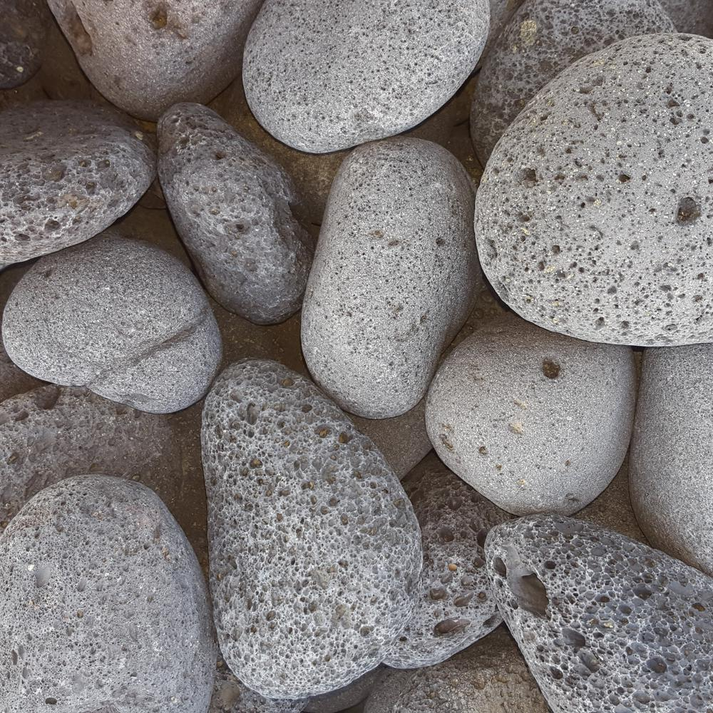 Butler Arts 0.50 cu. ft. 40 lb. 3 in. to 5 in. Black Mexican Beach Lava Rock (20-Bag Pallet)