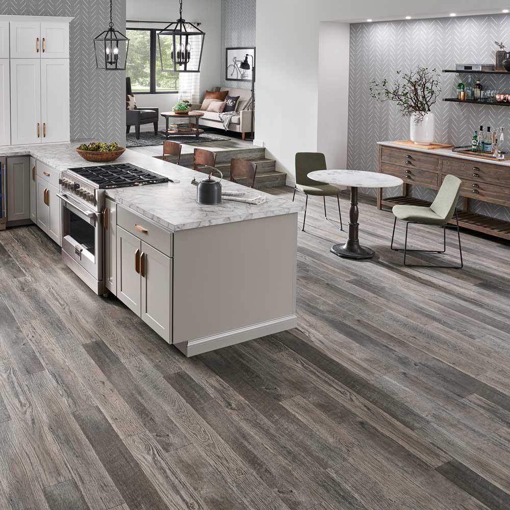 Pergo Outlast Stone Mill Oak 10 Mm Thick X 6 18 In Wide X 47 14 In Length Laminate Flooring 9672 Sq Ft