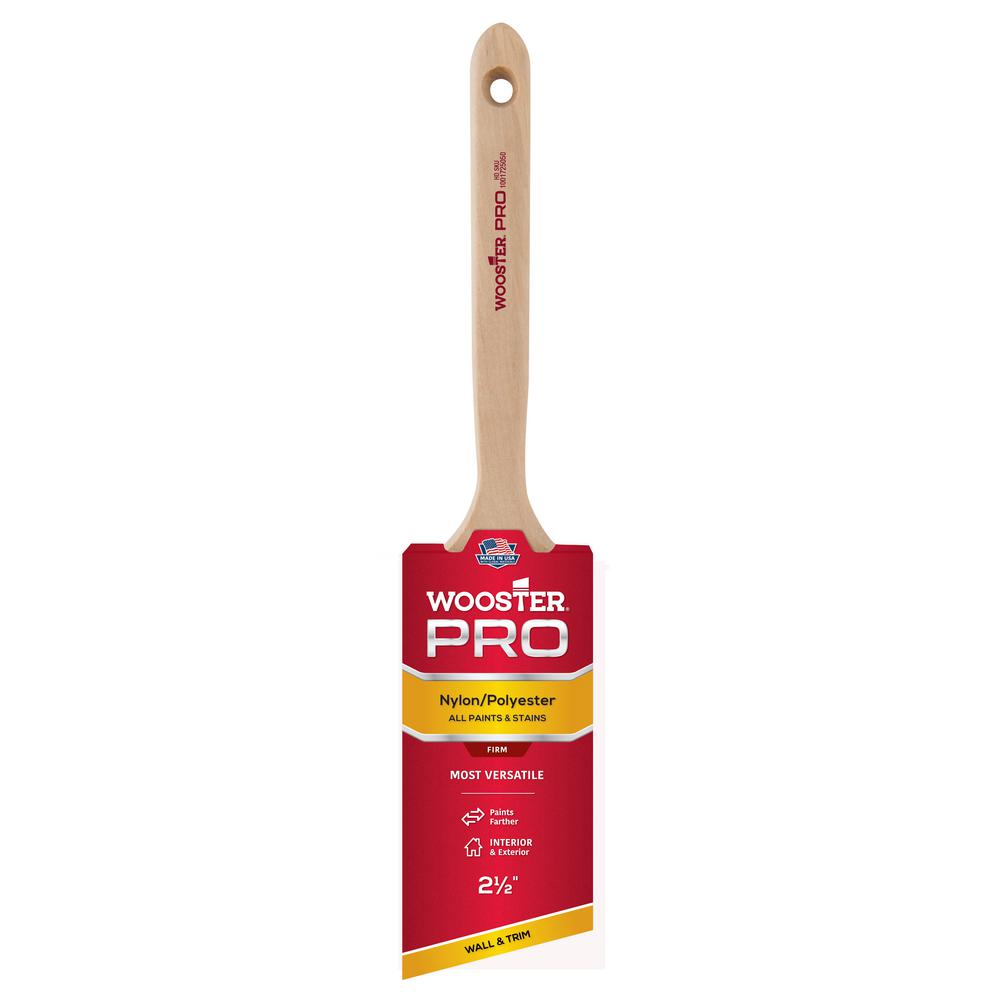 Wooster 2-1/2 in. Pro Nylon/Polyester Angle Sash Brush