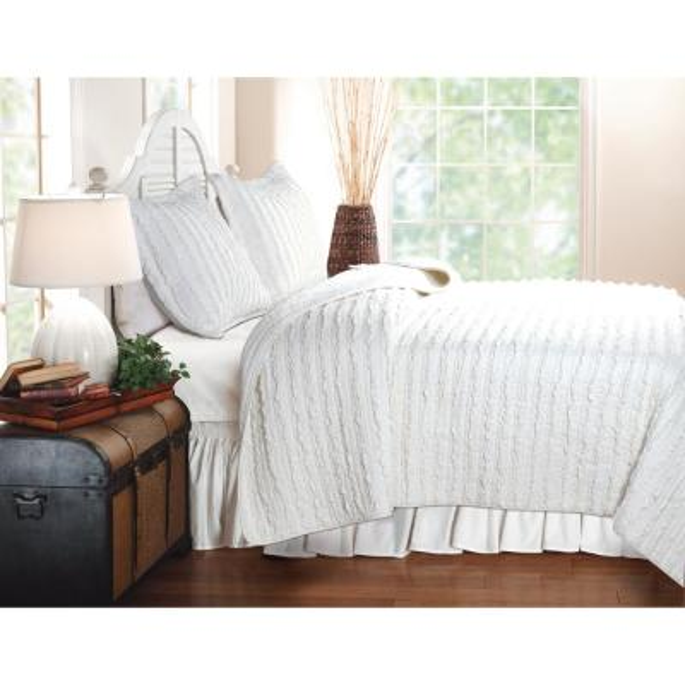Ruffled 3-Piece White King Quilt Set