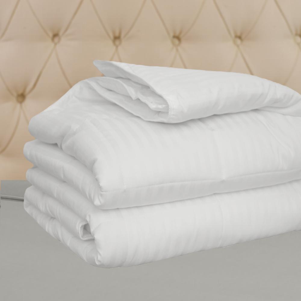 Hotel Select 250TC Down Alternative White Oversize Duvet Cover Insert King Comforter