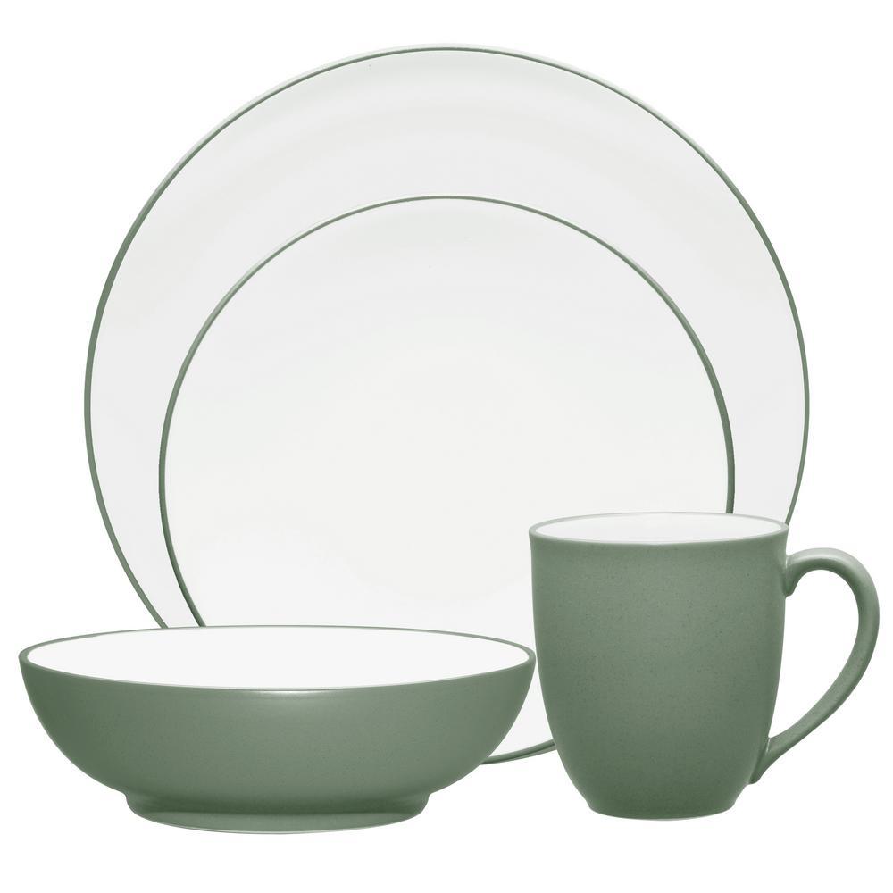 Colorwave 4-Piece Green Coupe Dinnerware Set