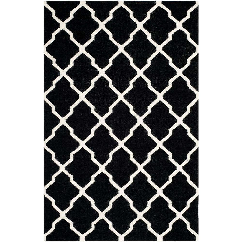 Safavieh Dhurries Black/Ivory 5 ft. x 8 ft. Area Rug