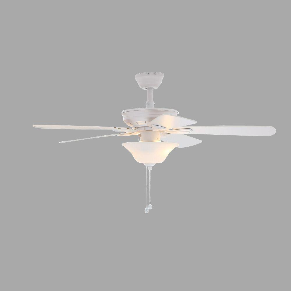 Hampton Bay Wellston 44 in. Indoor Matte White Ceiling Fan with Light Kit