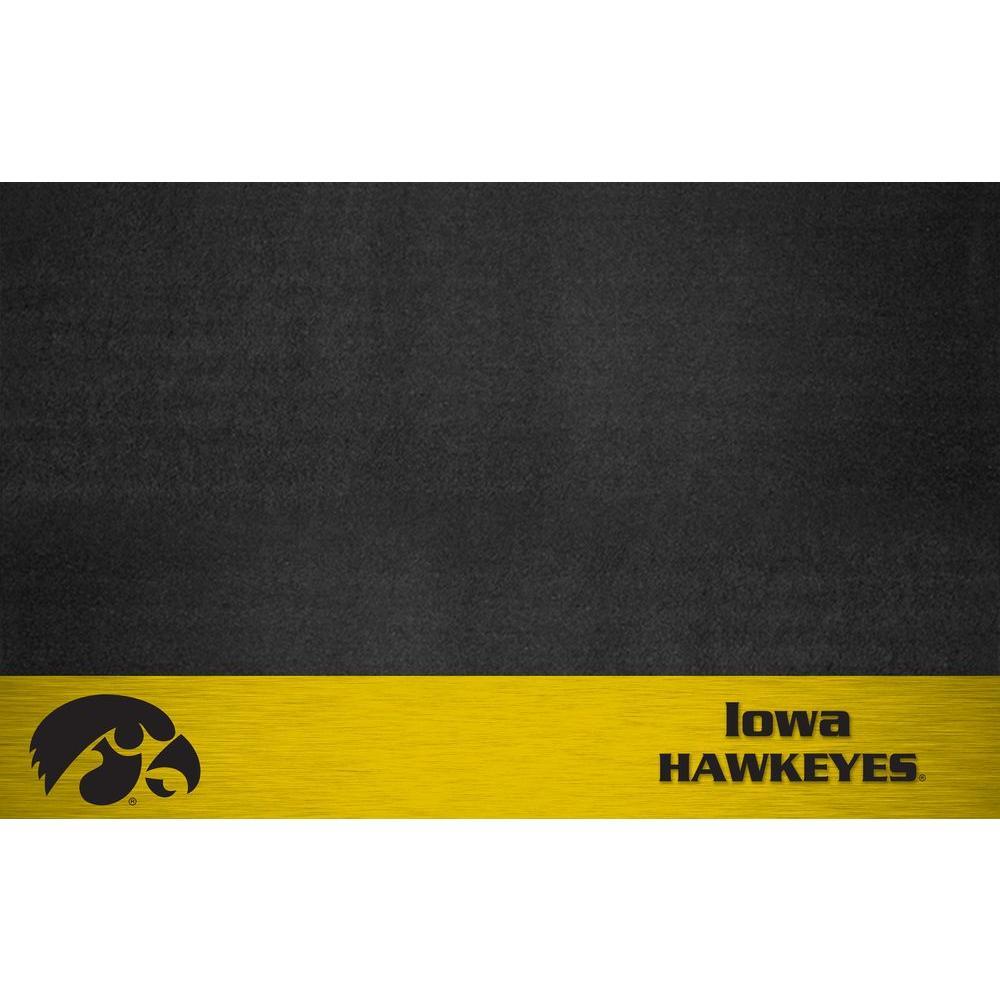 University of Iowa 26 in. x 42 in. Grill Mat