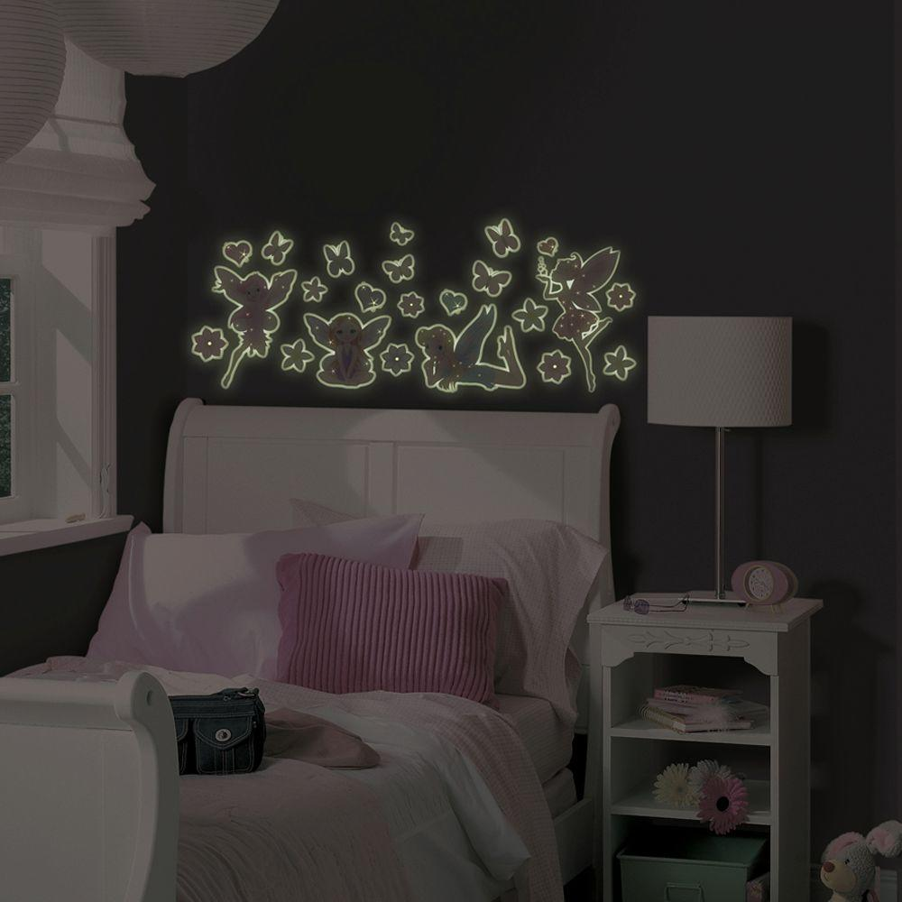 23 Piece Fairies Glow In The Dark Wall