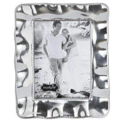 Medium Ruffled Edge 5 in. x 7 in. Polished Silver Picture Frame