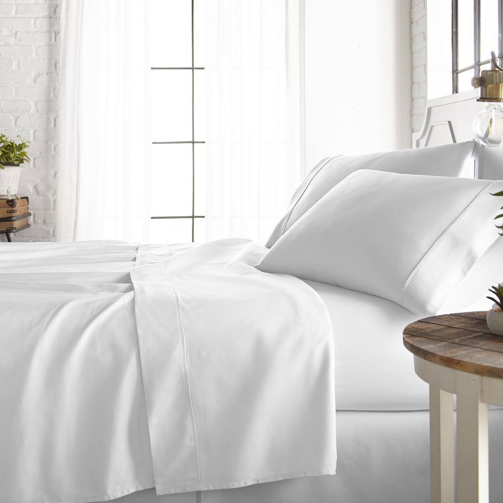 4-Piece White 800 Thread Count Cotton Rich Queen Bed Sheet Set