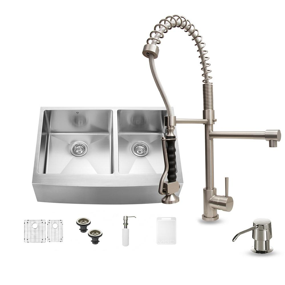 Vigo All In One Farmhouse Apron Front 33 In 0 Hole Double Basin Kitchen Sink Set In Stainless