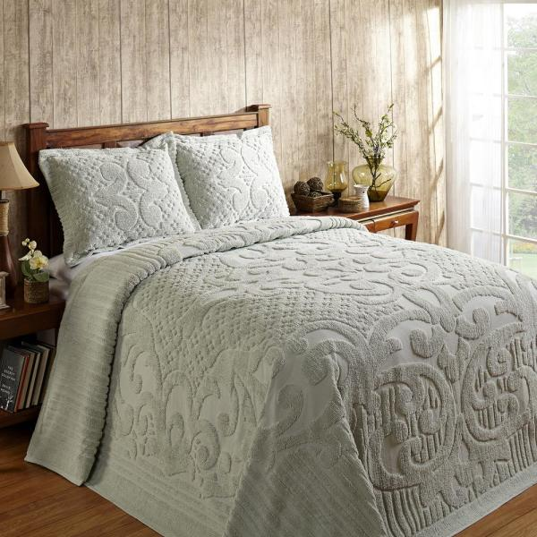 Ashton Collection in Medallion Design Sage King 100% Cotton Tufted Chenille Bedspread