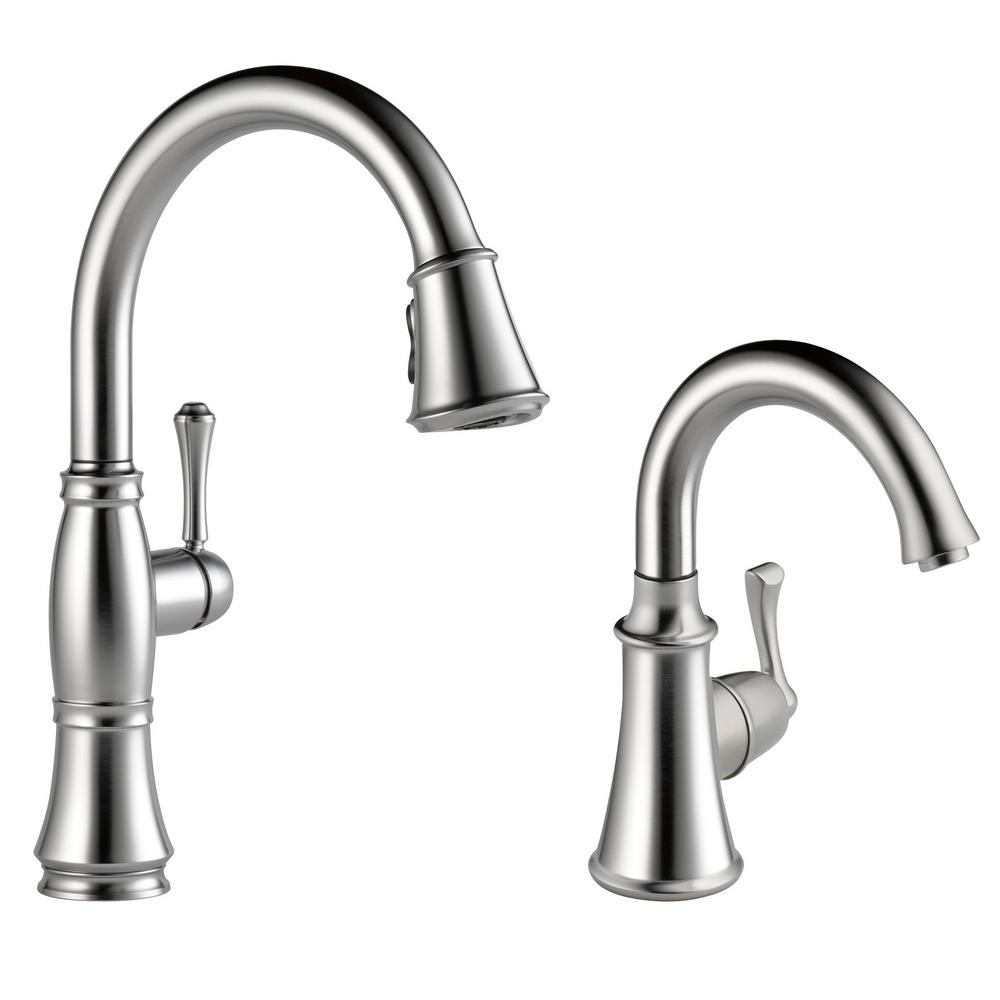 Delta Cassidy Single Handle Pull Down Sprayer Kitchen Faucet Bundle