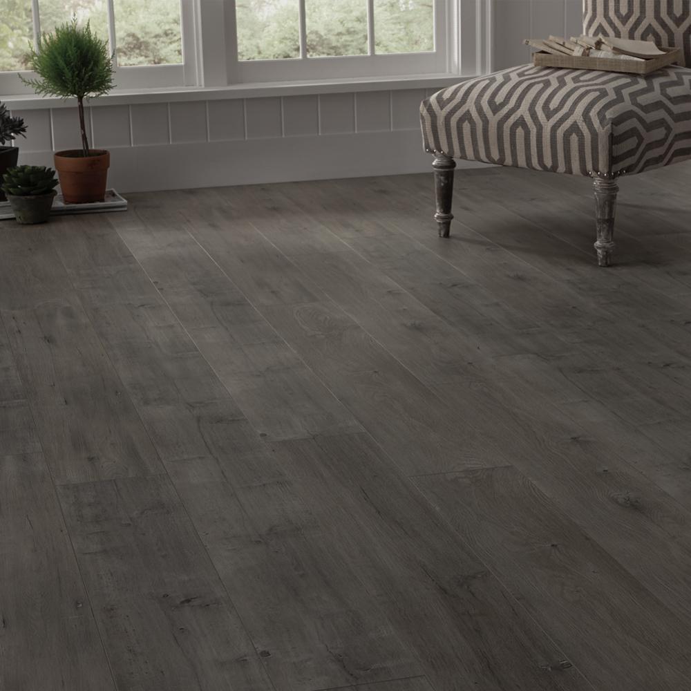 Eir Ashcombe Aged Oak 8 Mm Thick, Ashcombe Aged Oak Laminate Flooring