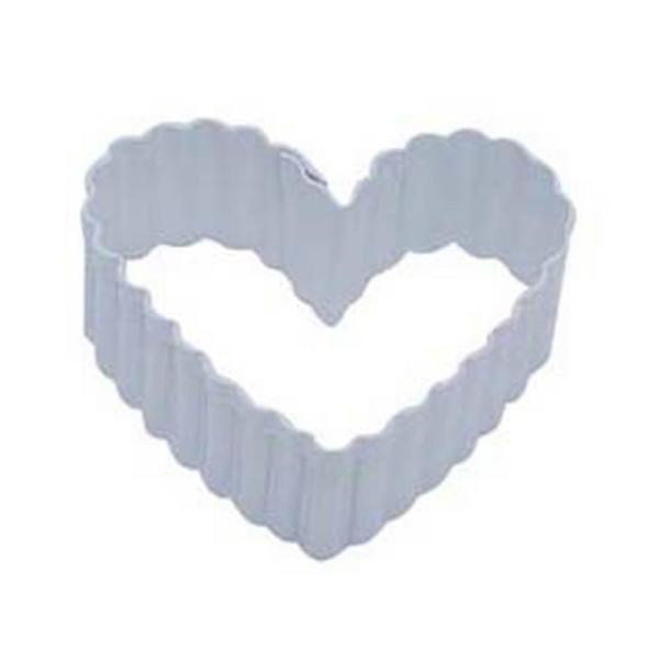 CybrTrayd 12-Piece 2.5 in. Heart Fluted White Polyresin Cookie Cutter/Recipe