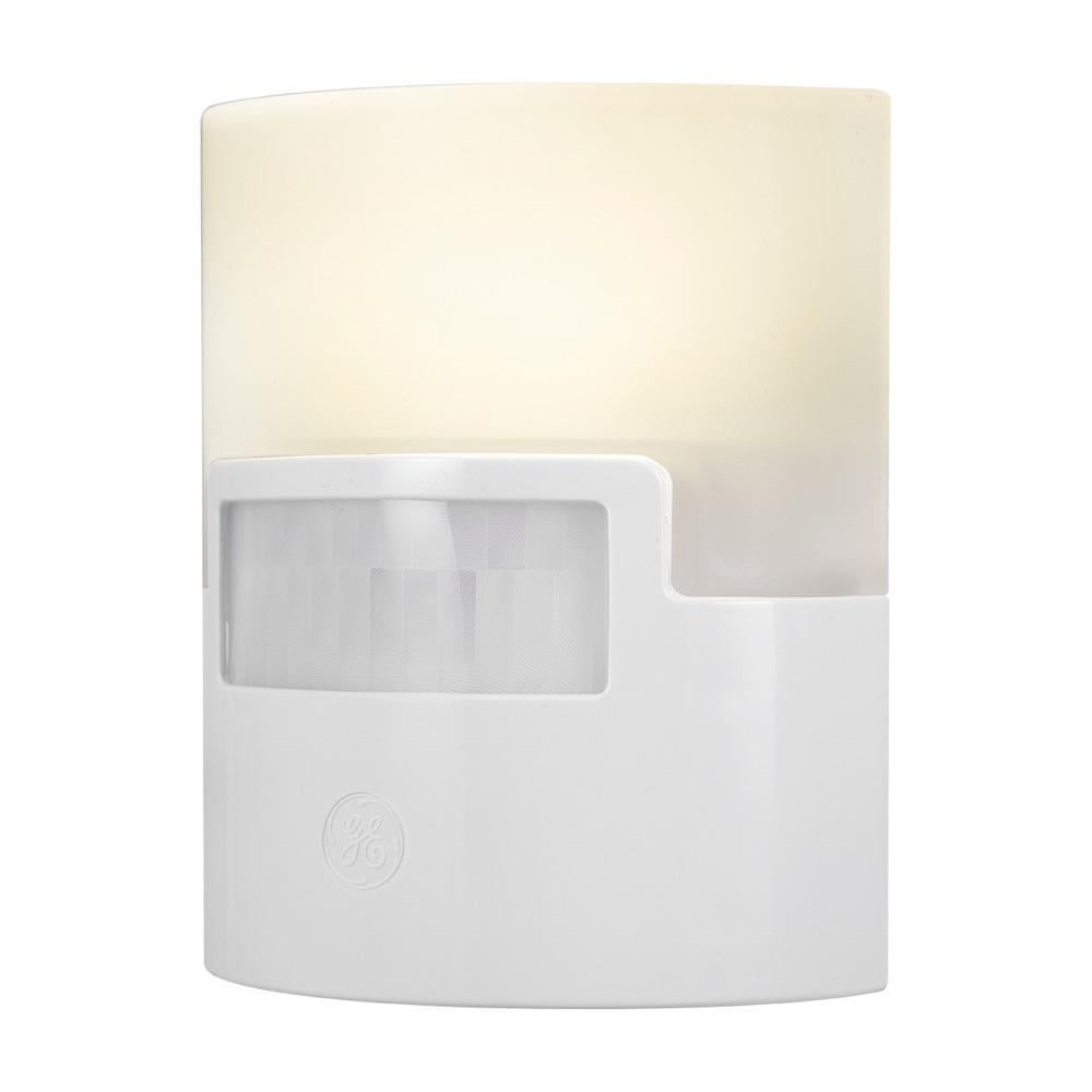 Ge Motion Activated White Led Night Light