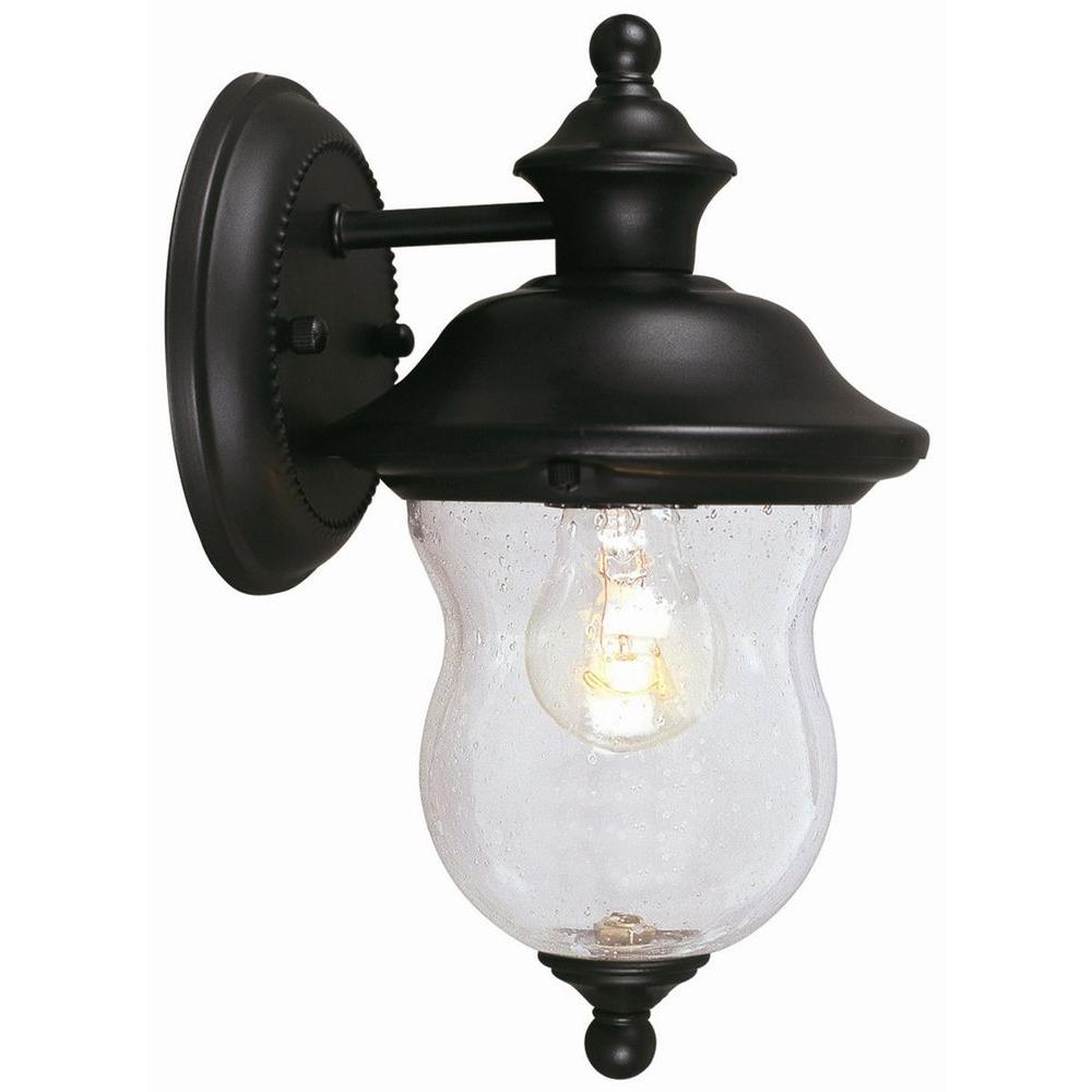 Design House Highland Black Outdoor Wall Lantern Sconce