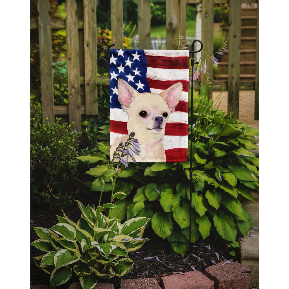 Caroline's Treasures 0 91 ft  x 1 29 ft  Polyester USA American 2-Sided  2-Ply Flag with Chihuahua Garden Flag