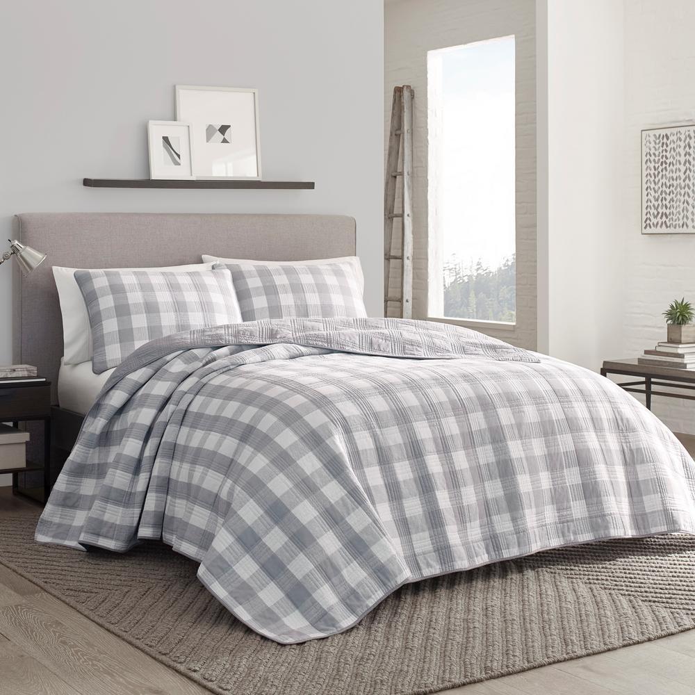 Lakehouse Grey 3-Piece King Cotton Quilt