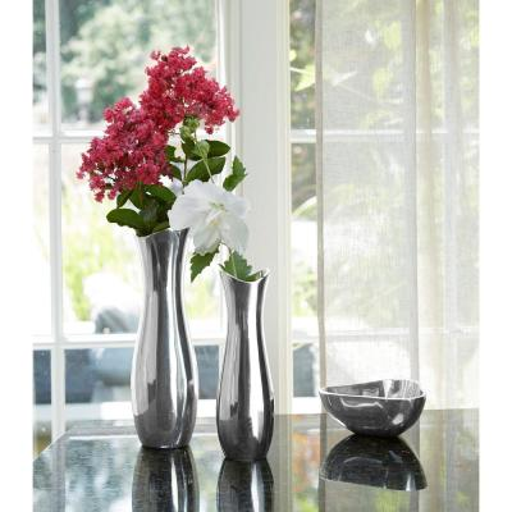 Stryker 9 in. Metal Alloy Decorative Vase