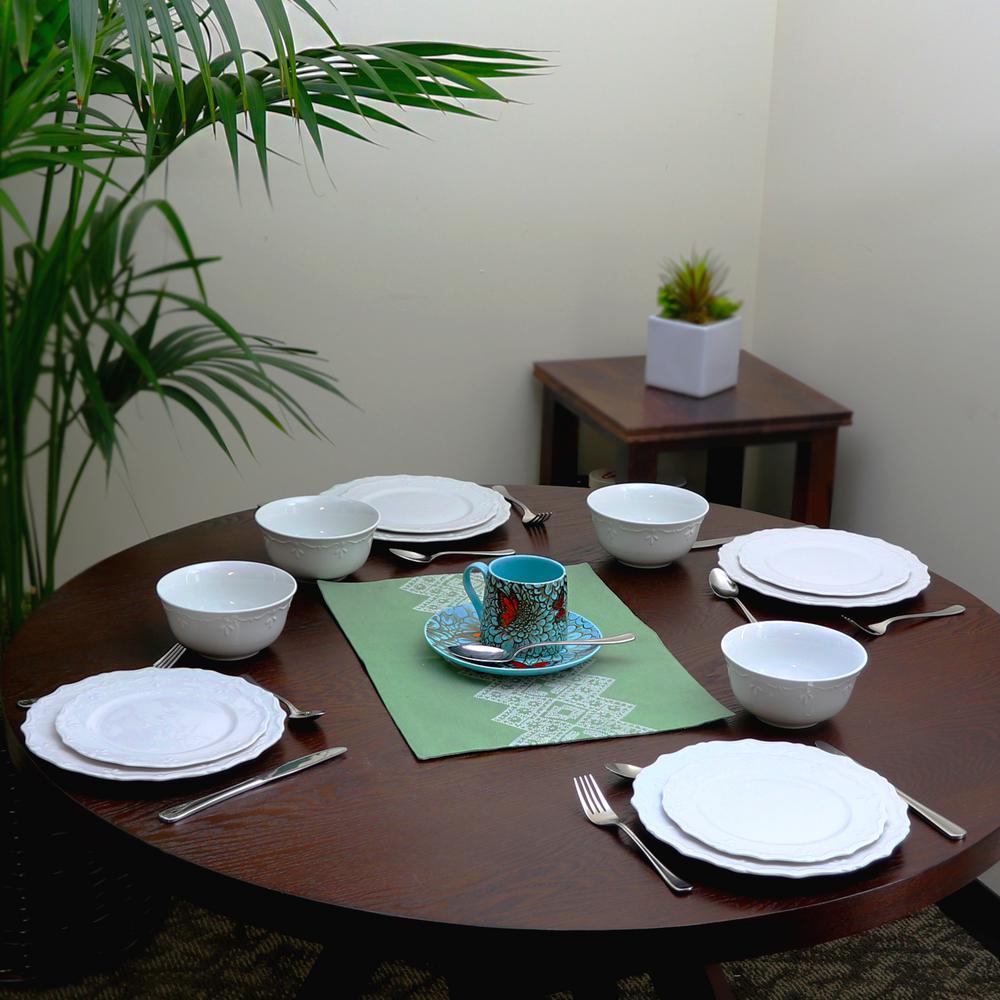 Scallop Buffet 12-Piece Casual White Ceramic Dinnerware Set (Service for 4)