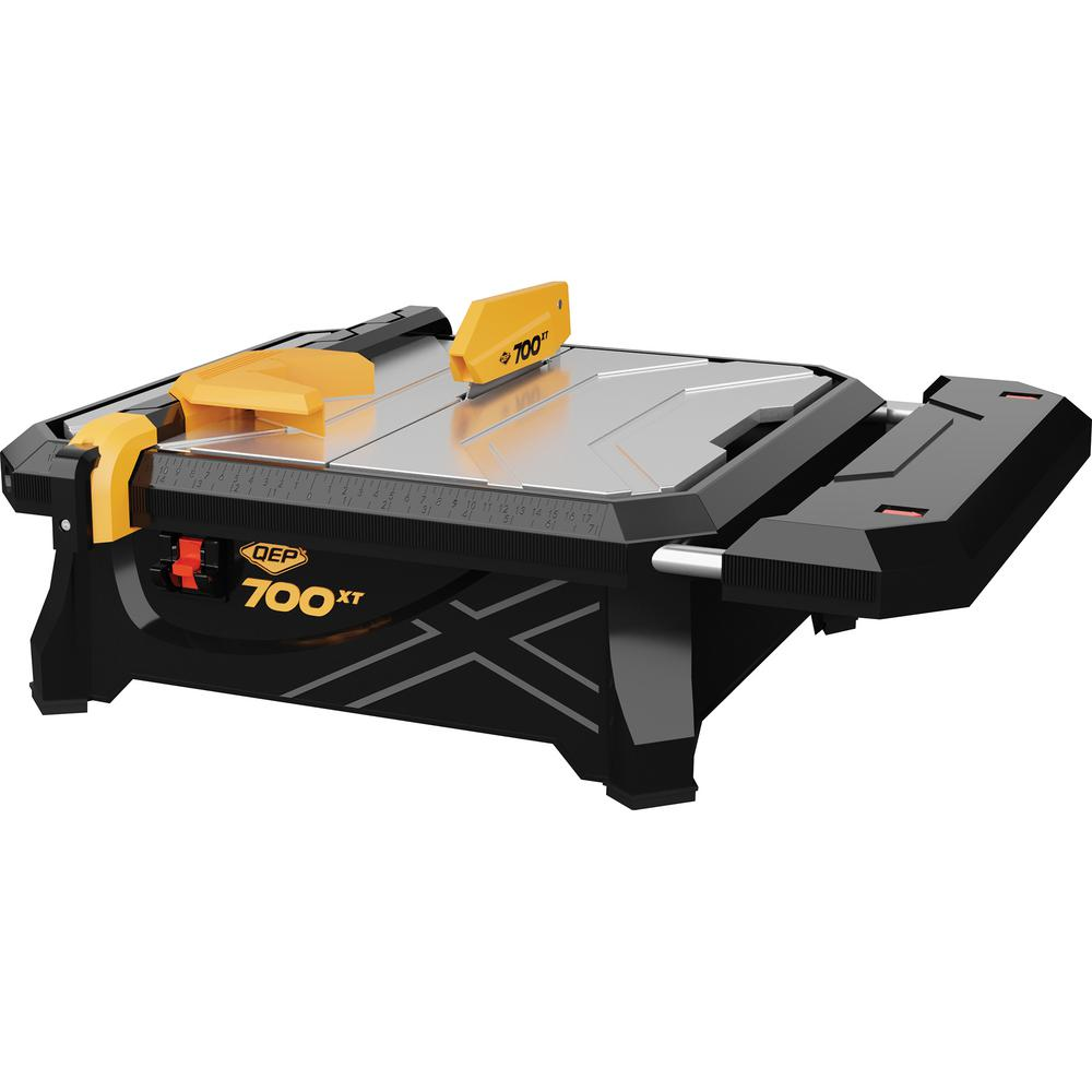 Qep 700xt 3 4 Hp Wet Tile Saw With 7 In Blade And Table